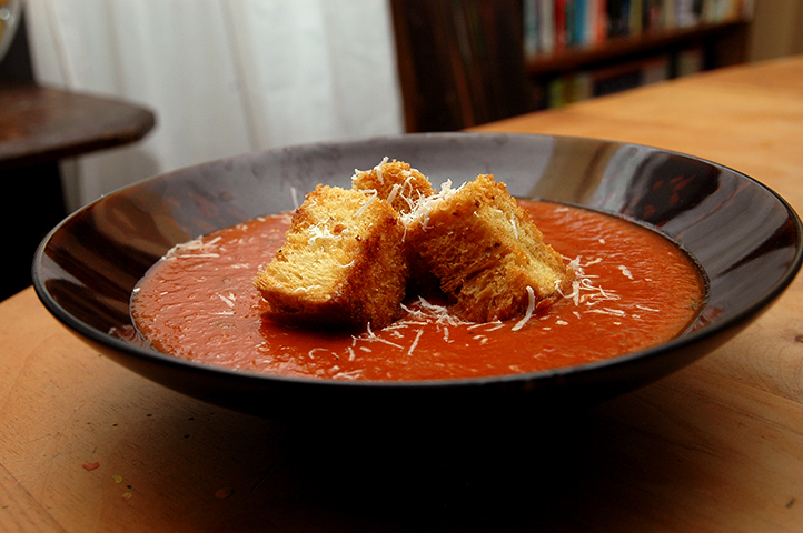 The Instigator: Roasted Tomato Soup