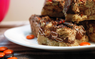 Candy Bar Shortbread Squares